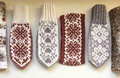 Vottemønster,Sokkemønster ,mønster til pannebånd og mini Selbu 🐑🇳🇴 | FINN.no Mitten Gloves, Mittens, Scandinavian Style, Baby Knitting, Diy And Crafts, Knit Crochet, Knitting Patterns, Monogram, Socks