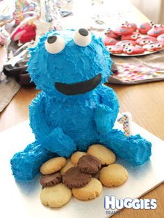 I made this 3D cookie monster cake for my daughters 1st birthday, it was also my first real attempt at decorating a cake
