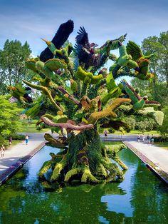 Birds Tree Mosaicultures in Montreal Botanical Garden, Canada