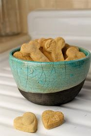 Kate's Short and Sweets: Peanut Butter Dog Treats - vegan & gluten free