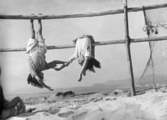 Sergio Larraín - Village of Horcones, Fishermen daughters, 1957