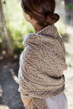 Winter comfort.... Topiary shawl by Michele Wang knit in Shelter by Brooklyn Tweed