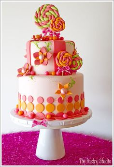 Cakes Recipes Yummy Cakes With Fruit Yummy Cakes OvensYou can find Ovens and more on our website.Cakes Recipes Yummy Cakes With Fruit Yummy Cakes Ovens Fancy Cakes, Cute Cakes, Pretty Cakes, Yummy Cakes, Lollipop Cake, Cupcake Cakes, Lollipop Party, Candy Party, Gorgeous Cakes