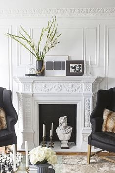 Get inspired by Traditional Living Room Design photo by Jessie D[P] Miller Design. Wayfair lets you find the designer products in the photo and get ideas from thousands of other Traditional Living Room Design photos. White Fireplace, Fireplace Hearth, Fireplace Design, White Mantel, Fireplace Ideas, Fireplaces, Fireplace Decorations, Style At Home, Wall Panel Molding