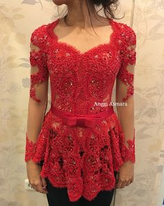 #anggiasmara red kebaya Kebaya Lace, Kebaya Brokat, Dress Brokat, Kebaya Dress, Batik Kebaya, Batik Dress, Lace Dress, Saree Jacket Designs, Blouse Designs