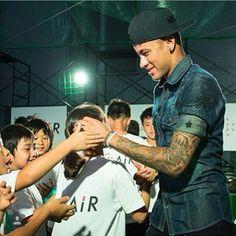 Pinterest: @kardelenezgi Sport Football, Football Players, Soccer, Neymar Pic, Jr, Eye Candy, Japan, My Love, Instagram Posts