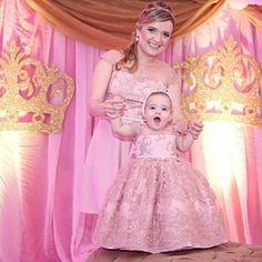 Lindas mãe e filha vestem Cecília Cavalcante!!! Foto por @estudiodobebe