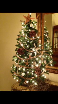 Christmas Tree Decorating Beach Themes : Discover and save creative ideas