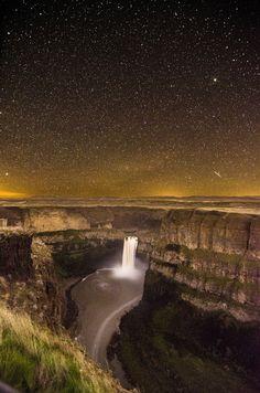 Palouse Falls - washington state..