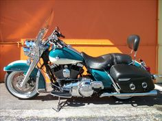 2009 HARLEY-DAVIDSON FLHRC ROADKING CLASSIC
