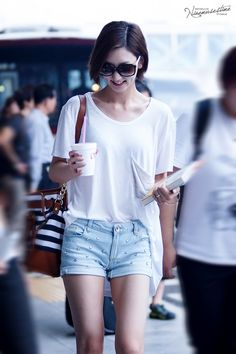 nine muses eunji Korean Airport Fashion, Korean Girl Fashion, Ulzzang Fashion, Kpop Fashion, Fashion 101, Asian Fashion, Fashion Outfits, Fashion Photo, Womens Fashion