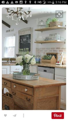 Love the idea of a piece of furniture for an island...and that backslash!