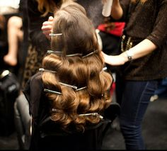 How to Create a 1940s Hairstyle | classic Hollywood waves backstage at Michael Van Der Ham Fall 2012