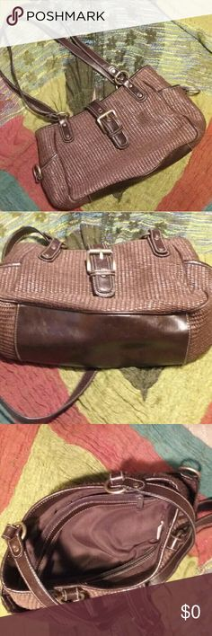 "Cute brown bag Excellent condition No brand, but nice and in great shape. 11 x 8 x 4"", 13"" drop. Take it free with a $16 purchase just comment below after purchase. Bags Shoulder Bags"