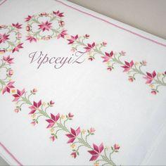 Cross Stitching, Cross Stitch Embroidery, Embroidery Patterns, Cross Stitch Patterns, Crochet Patterns, Brazilian Embroidery, Prayer Rug, Bargello, Cross Stitch Flowers