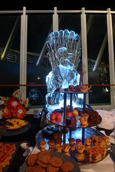 Royal Caribbean Enchantment of the Seas ice sculpture by Candace Schwab, via Flickr