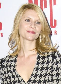 Claire Danes wavy, mid-length hairstyle