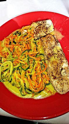 Gemüsespaghetti in Curry-Kokosmilch mit Pangasiusfilet, ein tolles Rezept aus der Kategorie Fettarm. Bewertungen: 3. Durchschnitt: Ø 3,6.