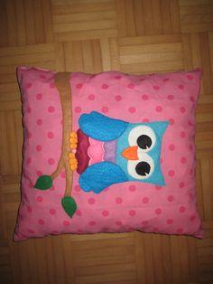 Een uil kussen in andere kleuren voor mijn nichtje An owl pillow for my coussin :)
