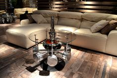 Pistons' coffee table made with original pistons of a radial engine aircraft…