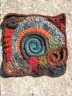 Beautiful freeform crochet square by Lisa Carney.  http://sussle.org/c/Crochet/1382463501.588