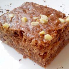 Recept na cuketový perník s jablky krok za krokem - Vaření.cz Sweet Cakes, Candy Recipes, Nutella, Banana Bread, Sweet Tooth, Deserts, Food And Drink, Cooking Recipes, Sweets
