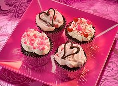 #cupcakes #cute #pink #hearts #valentinesday