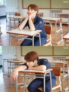 Eu na escola:-