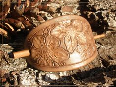 Jeweleeches Vivian Hebing handmade leather!