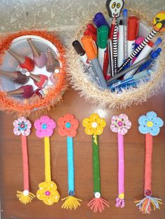 DIY. New bookmarks with crochet flowers