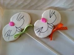 bunny face cookie pops.... would be adorable for a kid's easter party ibyolie.blogspot....