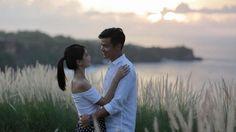 Foto Romantis dengan Sang Kekasih, Dion Wiyoko Prewedding?
