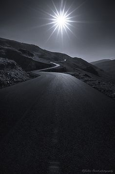 Transalpina by Julien Oncete Beautiful Places, Beautiful Pictures, Beautiful Roads, Highway To Hell, On The Road Again, Winding Road, Nature Photos, Night Skies, Travel Pictures