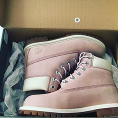 Timberland boots pink