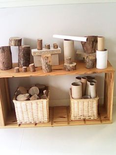 Another great example of utilizing natural and recycled materials in the block center and for loose parts. Stumps are great for building and helps children make connections to nature. Reggio Inspired Classrooms, Reggio Classroom, Reggio Emilia Preschool, Classroom Setting, Classroom Design, Classroom Setup, Play Spaces, Learning Spaces, Play Based Learning