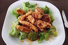 Honig-Hähnchenbrust mit Sesam und Brokkoli