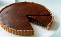 Ancho chilli and date chocolate tart recipe : SBS Food Small Food Processor, Food Processor Recipes, Tart Recipes, Dessert Recipes, Sweet Recipes, Food Documentaries, Sbs Food, Mexican Chocolate, Mexico Food
