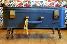 Make your own Vintage Suitcase Coffee Table--this would also be great to use for display at art/craft shows, and you can put your wares inside when you pack up.