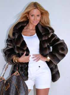 OUTLET PISANI ROYAL SAGA MINK FUR COAT.