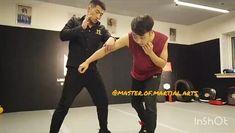 Krav Maga Self Defense, Self Defense Moves, Self Defense Martial Arts, Fitness Workouts, Gym Workout Videos, Boxing Workout, Martial Arts Techniques, Self Defense Techniques, Martial Arts Videos