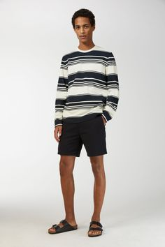 A stone wash gives the long-sleeve T-shirt a dry feel. Made from heavy cotton jersey with a yarn-dyed stripe. A straight, regular fit. Sweatshirts Hoodies