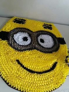 Crochet Mat, Flower Rangoli, Diy Home Crafts, Smiley, Sewing, Knitting, Handmade Rugs, Homemade Rugs, Crafts To Make And Sell