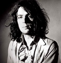 Apr 1968 – 47 years ago today, Pink Floyd announced founder Syd Barrett (Official) had officially left the group. Barrett was suffering from psychiatric disorders compounded by drug use. Pink Floyd, Psychedelic Bands, Richard Wright, My Sun And Stars, Roger Waters, David Gilmour, Punk, Musical, Bands