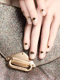 Gold half moon manicure || Nude and gold nails