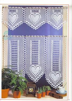 Craft with love . by Lu Guimarães: Curtains with graphics # Crochet G . Crochet Curtain Pattern, Crochet Curtains, Curtain Patterns, Lace Curtains, Crochet Doilies, Filet Crochet, Crochet Borders, Crochet Chart, Thread Crochet