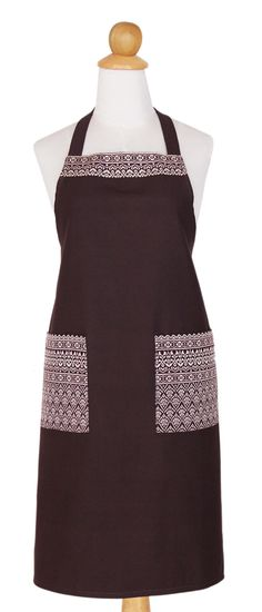 This set showcases the ancient Thai weaving technique known as yok dok. The apron ties at the waist, neck, features two pockets, and the matching oven mitt is fully lined and padded with polyester. This set is chic and functional! Find this and other items at UNICEF Market, where every supports talented artisans and helps UNICEF save and protect children's lives.