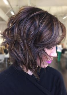 53 Hottest Fall Hair Colors to Try in 2021: Trends, Ideas & Tips - Glowsly Fall Hair Color For Brunettes, Hair Color For Women, Fall Hair Colors, Hair Color And Cut, Curly Hair Styles, Fall Hair Cuts, Black Hair Cuts, Fall Hair Trends, Bob Hairstyles