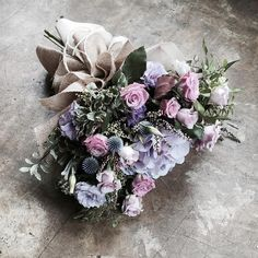 Love the colors Bunch Of Flowers, May Flowers, Dried Flowers, Fresh Flowers, Beautiful Flowers, Beautiful Flower Arrangements, Floral Arrangements, Vibeke Design, Plants Are Friends