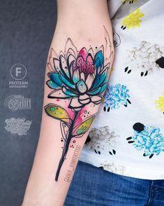 Pin by tails&snouts on tattoo ideas тату. Mini Tattoos, Flower Tattoos, Body Art Tattoos, Small Tattoos, Sleeve Tattoos, Cool Tattoos, Hand Tattoo, Tattoo You, Kaktus Tattoo