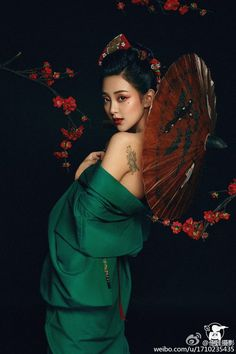 #oriental  #gueisha Oriental Fashion, Asian Fashion, Japanese Beauty, Asian Beauty, Japonese Girl, Chinese Kimono, Portrait Photography, Fashion Photography, Geisha Art